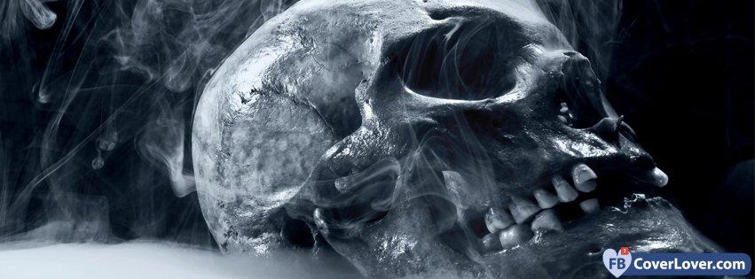 Hallowwen Smoking Skull